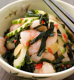 わかめを使った海鮮サラダ
